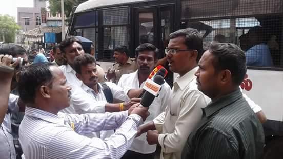 கோவில்பட்டி நகராட்சியின் செவிகொடாத மற்றும் செயல்படாத போக்கை கண்டித்து மாபெரும் முற்றுகை போராட்டம் kovilpatti naam tamilar protest 2