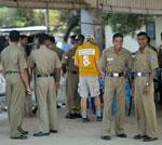 தேர்தலின் பின்னர் தொடர்ச்சியான தாக்குதல்களுக்கு முகங்கொடுக்கும் தமிழ் தேசியக் கூட்டமைப்பு police 2011 150