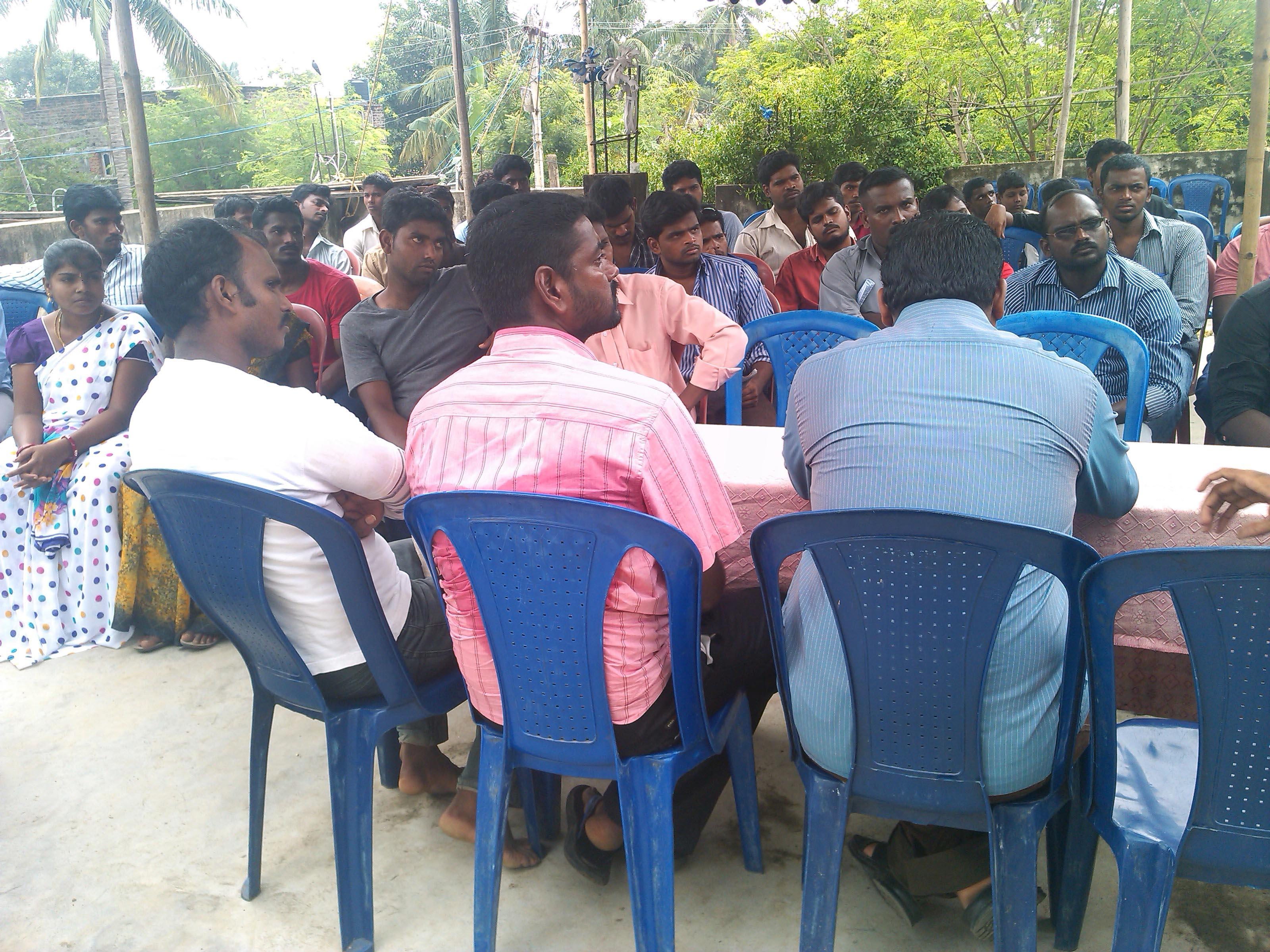 நாம் தமிழர் கட்சின் காஞ்சி மேற்கு மாவட்ட கலந்தாய்வு கூட்டம் நடைபெற்றது. IMG 20131020 125220