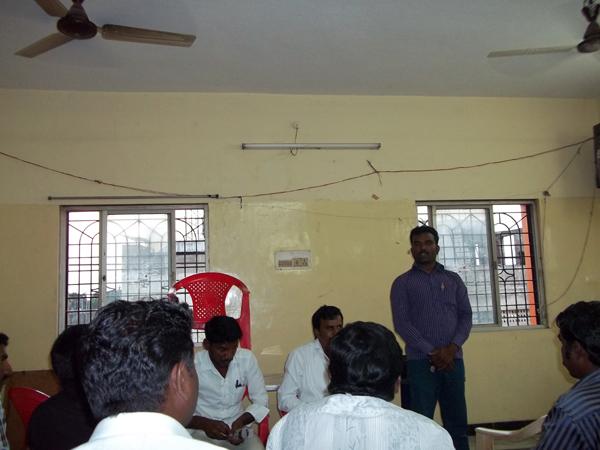 நாம் தமிழர் கட்சியின் விழுப்புரம் மண்டல ஆலோசனைக்கூட்டம் 26.01.2014 அன்று நடைபெற்றது. இதில் முக்கிய முடிவுகள் எடுக்கப்பட்டன. Arun 063