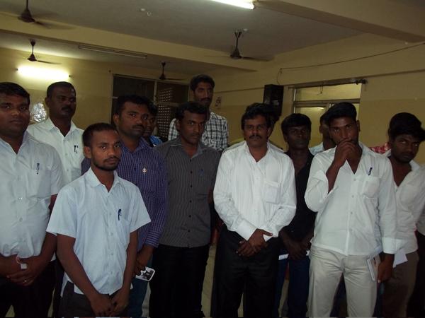நாம் தமிழர் கட்சியின் விழுப்புரம் மண்டல ஆலோசனைக்கூட்டம் 26.01.2014 அன்று நடைபெற்றது. இதில் முக்கிய முடிவுகள் எடுக்கப்பட்டன. Arun 065