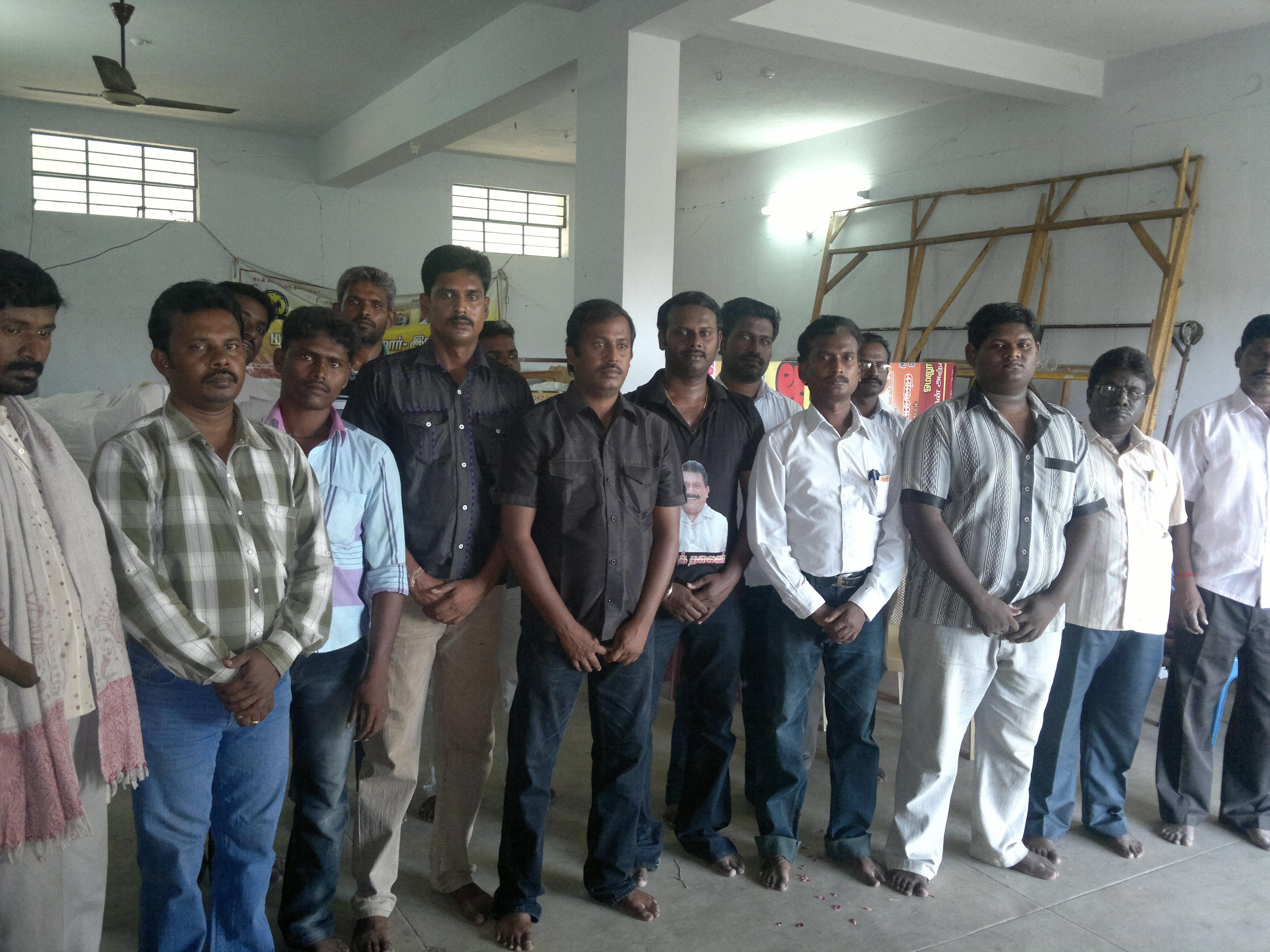 சேலம் மாவட்டம் ஓமலூரில் அய்யா மணிவண்ணன் அவர்களுக்கு வீரவணக்க நிகழ்வு நடைபெற்றது. 2014 06 15 155