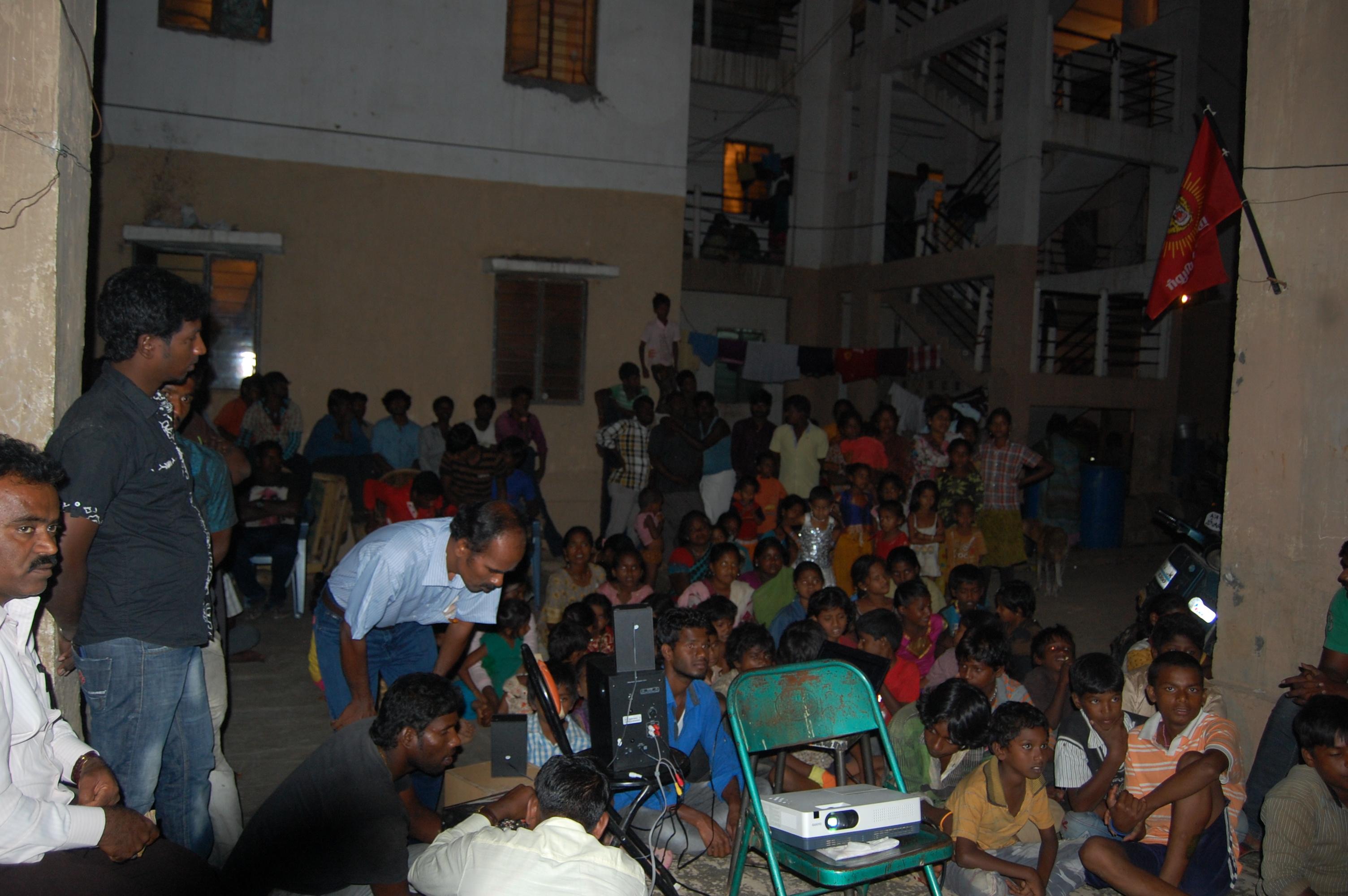 பெங்களூர் ராஜா ரதிச்வரி குப்பத்தில்  கொள்கை விளக்க பிரச்சாரம். DSC 5295